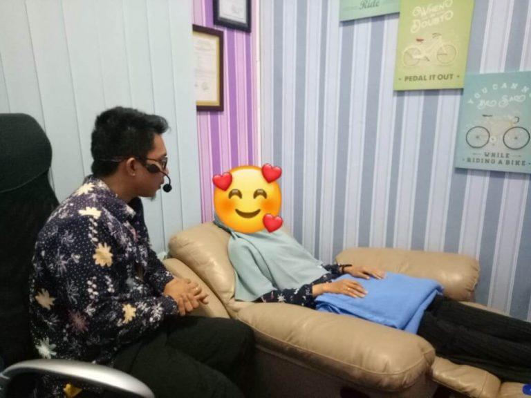 Cara Kerja Hipnoterapi di Klinik